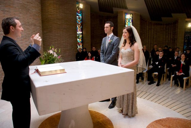 Mariage dans une église de Scientologie