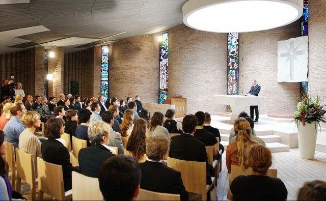 Service religieux dans une église de scientologie